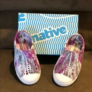 Native toddler girls size 7 Jefferson Marbled shoe